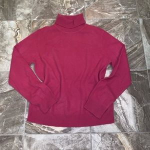 Woman's Lord & Taylor Cashmere Turtleneck